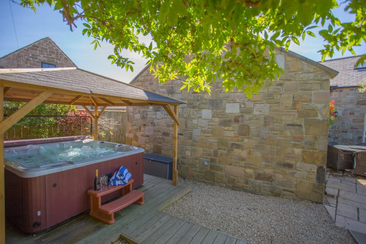cottages_northumberland_hot_tubs_accepts_dogs