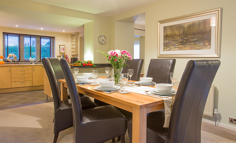 luxury cottages dog friendly in walking distance to a pub near Alnwick