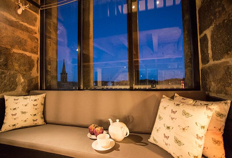mezzanine level at pottergate tower luxury holiday accommodation