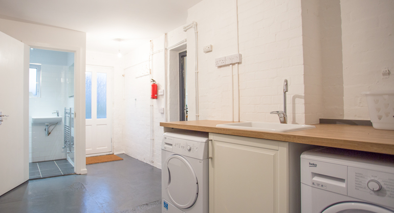 Craster Self Catering Holiday Cottage - no pets - family Friendly - book via Coquet Cottages