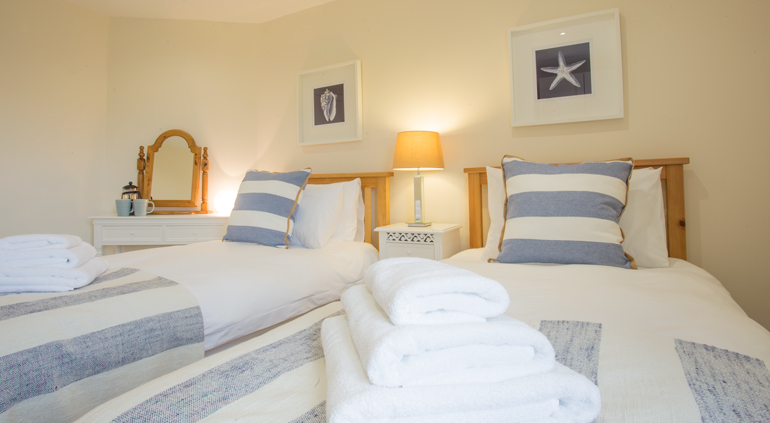luxury holiday cottages for families in Warkworth, dog-friendly holiday cottages in Northumberland, cottages close to the beach in Warkworth