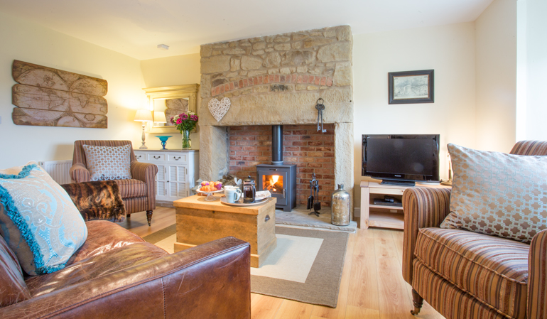 dog friendly self catering holiday cottages in Warkworth, pets welcome cottages Northumberland, cottages for couples romantic in Northumberland, dog friend self catering cottages Warkworth