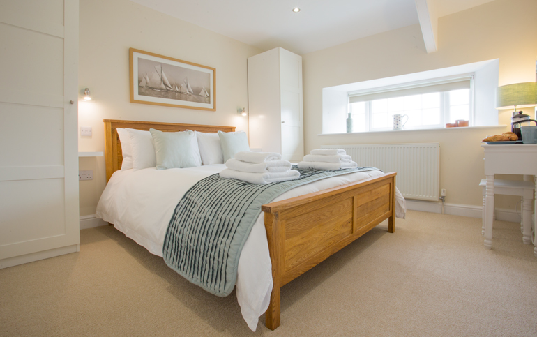 luxury holiday cottages in northumberland warkworth, cottages in the centre of village northumberland, cottages for families with enclosed gardens