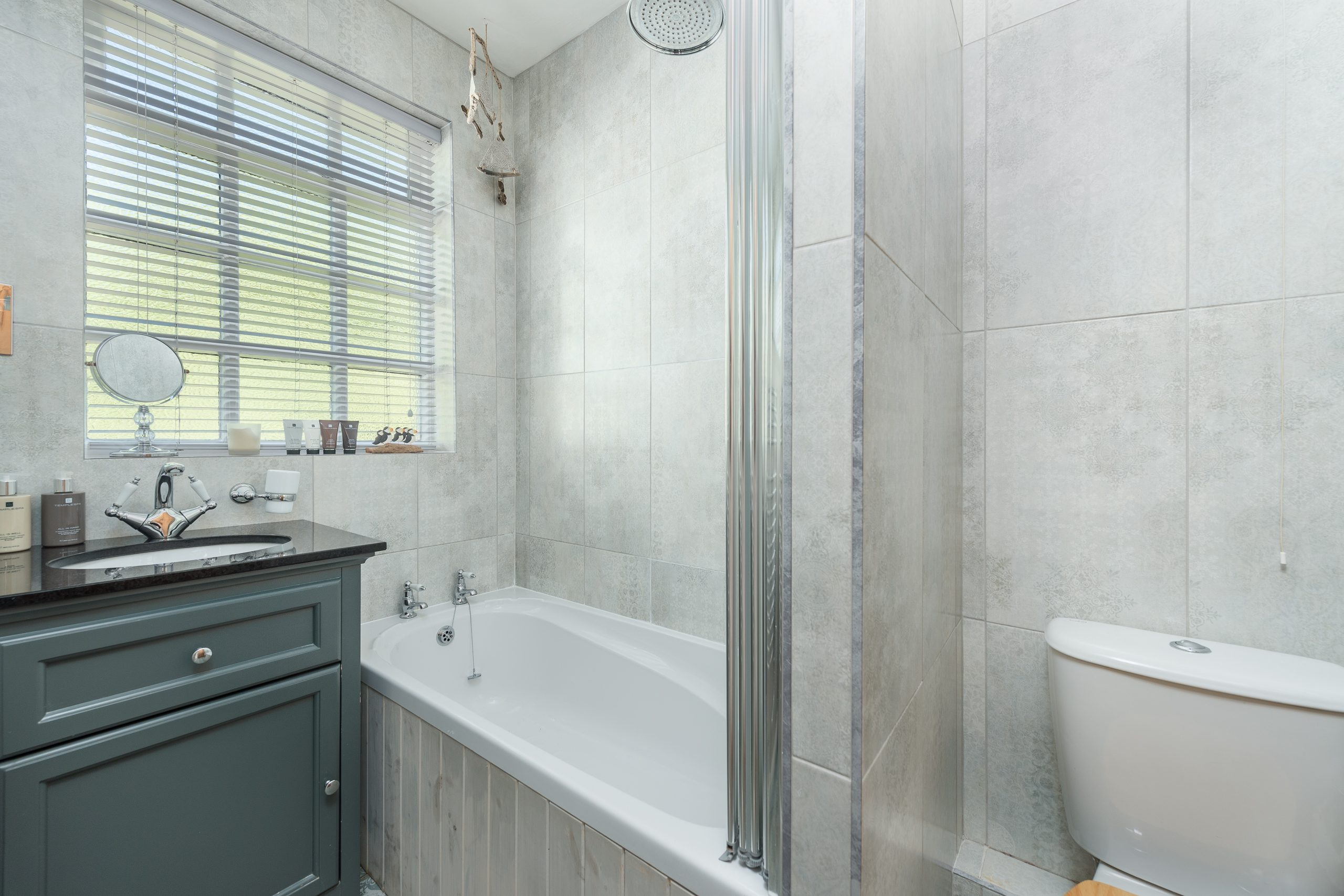 Tower Cottage bathroom in Warkworth village Northumberland