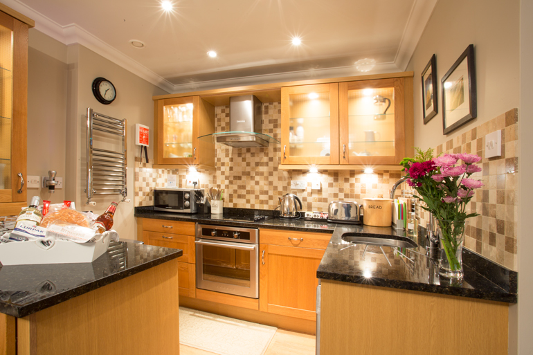 luxury romantic holiday cottages pet friendly in Warkworth Village close to the beach and pubs