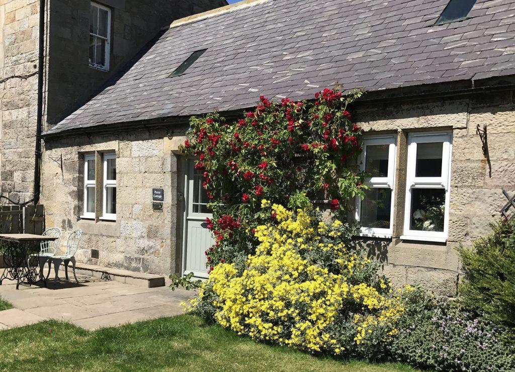 pretty-country-cottages-romantic-cottages-for-couples-pet-friendly