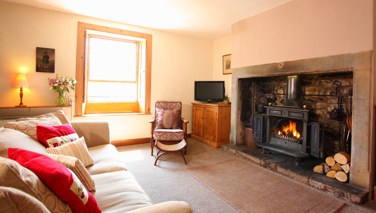 Border House is a luxurious country holiday home in the pretty village of Harbottle just outside of the Northumberland National Park pets welcome