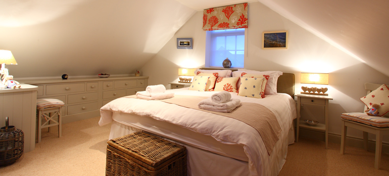 luxury_holiday_cottage_bedroom_at_sandpiper