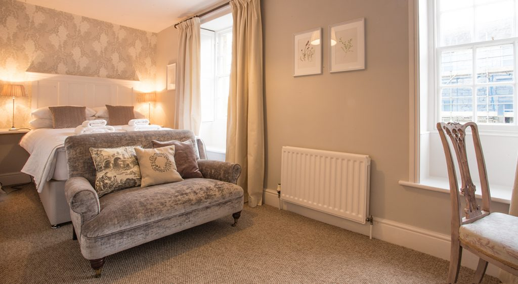 5 star holiday cottages no pets allowed in Warkworth Northumberland real fire