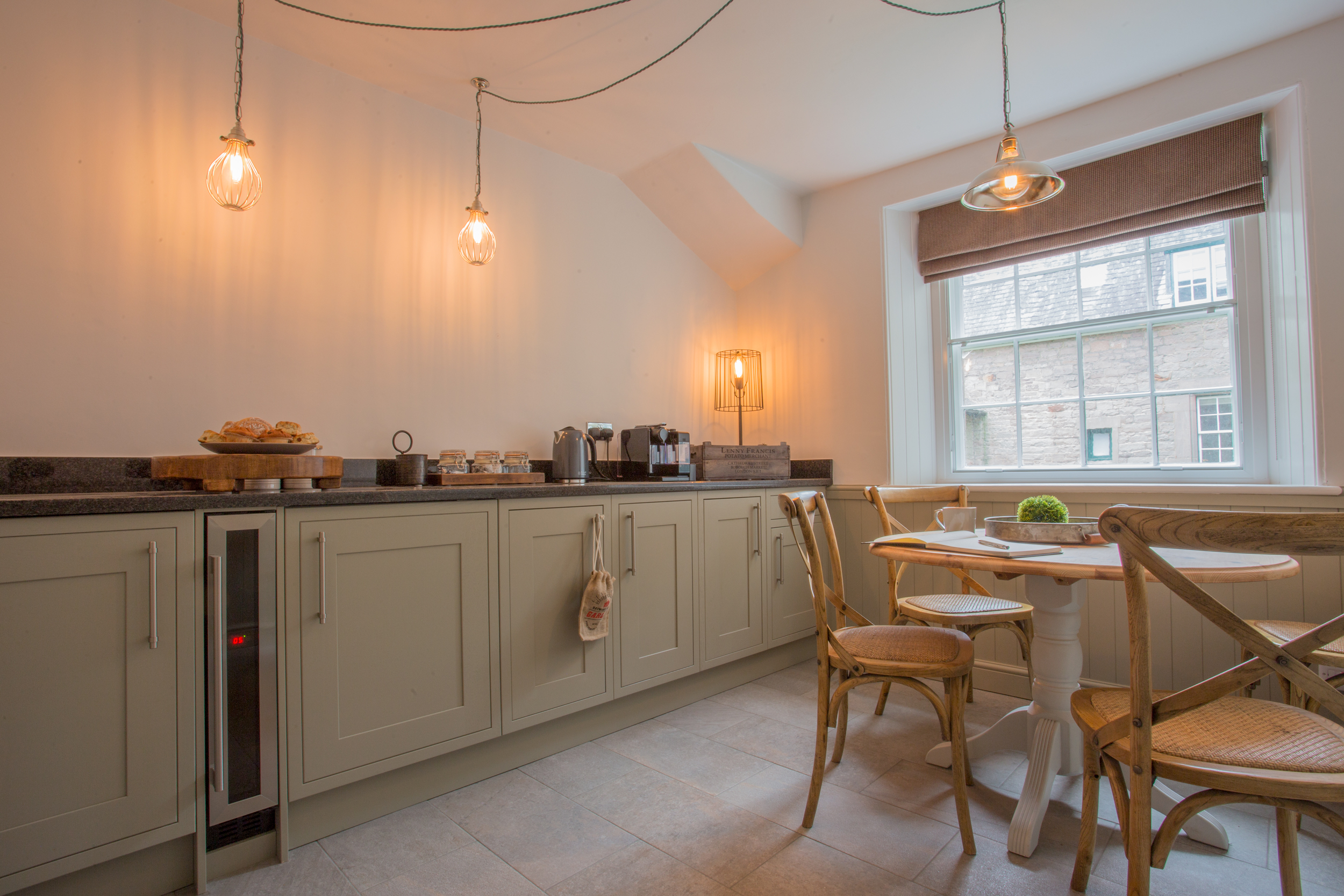 best holiday cottages in Alnwick for couples, romantic hunting lodges in Northumberland, luxurious cottages Northumberland