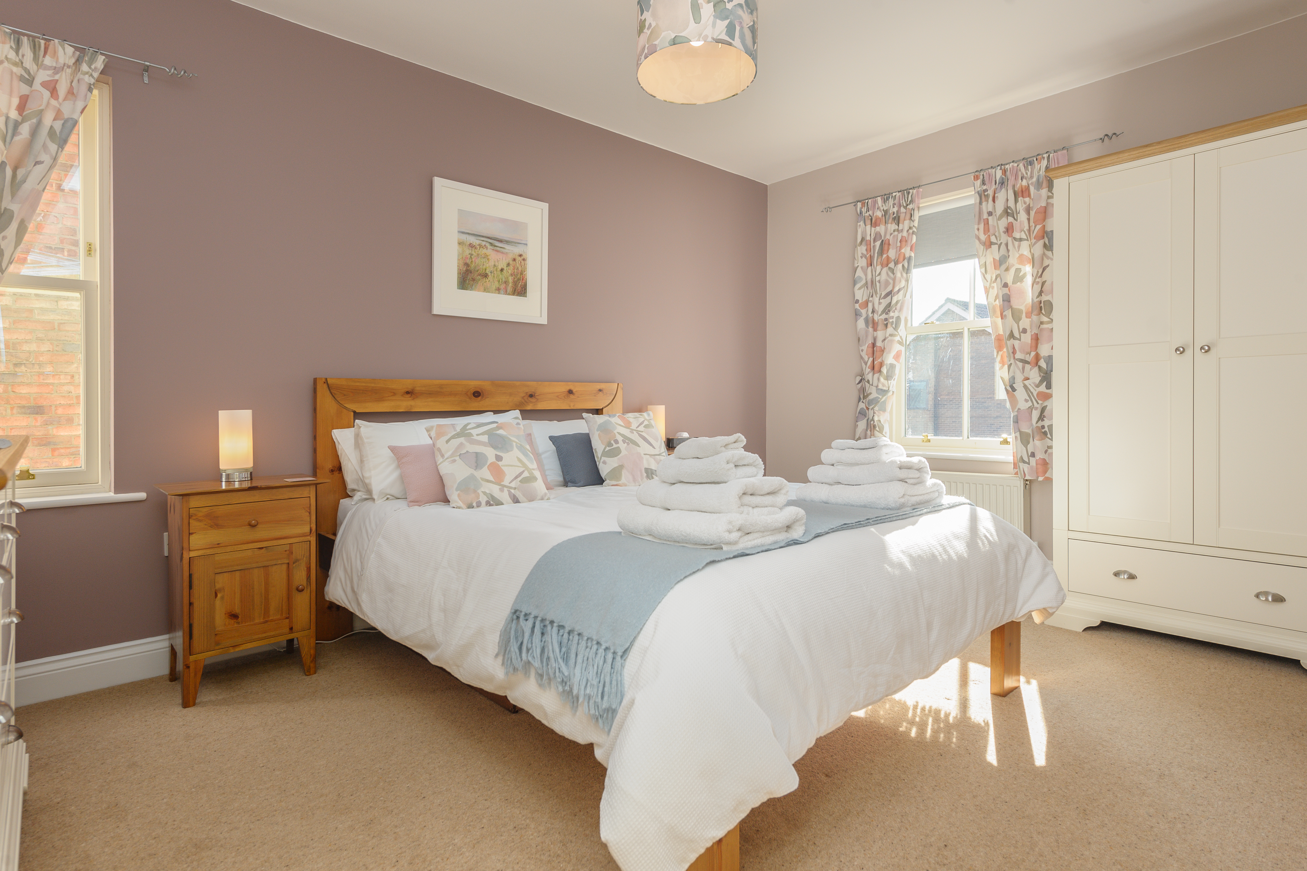luxury cottages in alnwick centre close to the castle dog friendly enclosed patio
