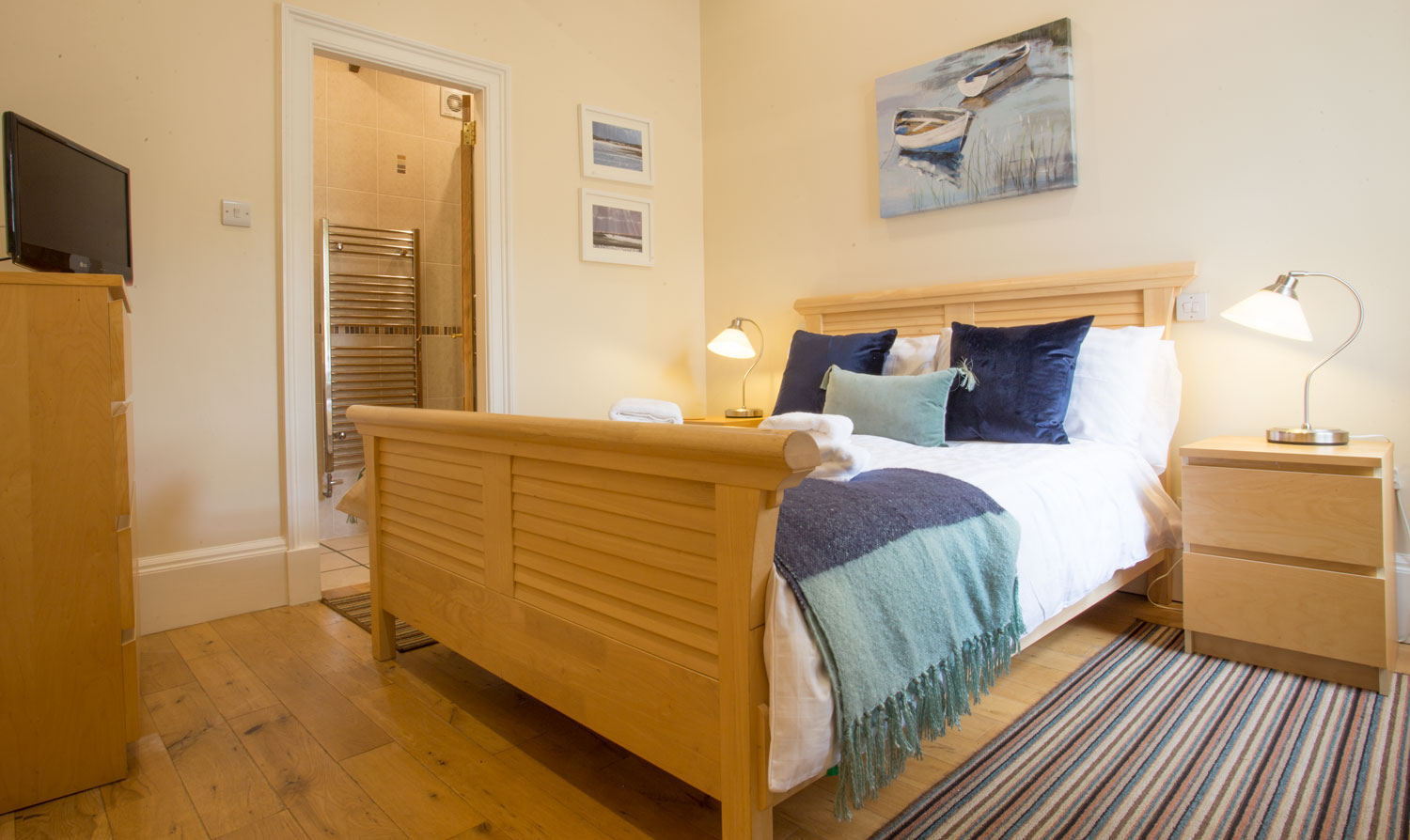pet friendly holiday homes in Northumberland Warkworth river front