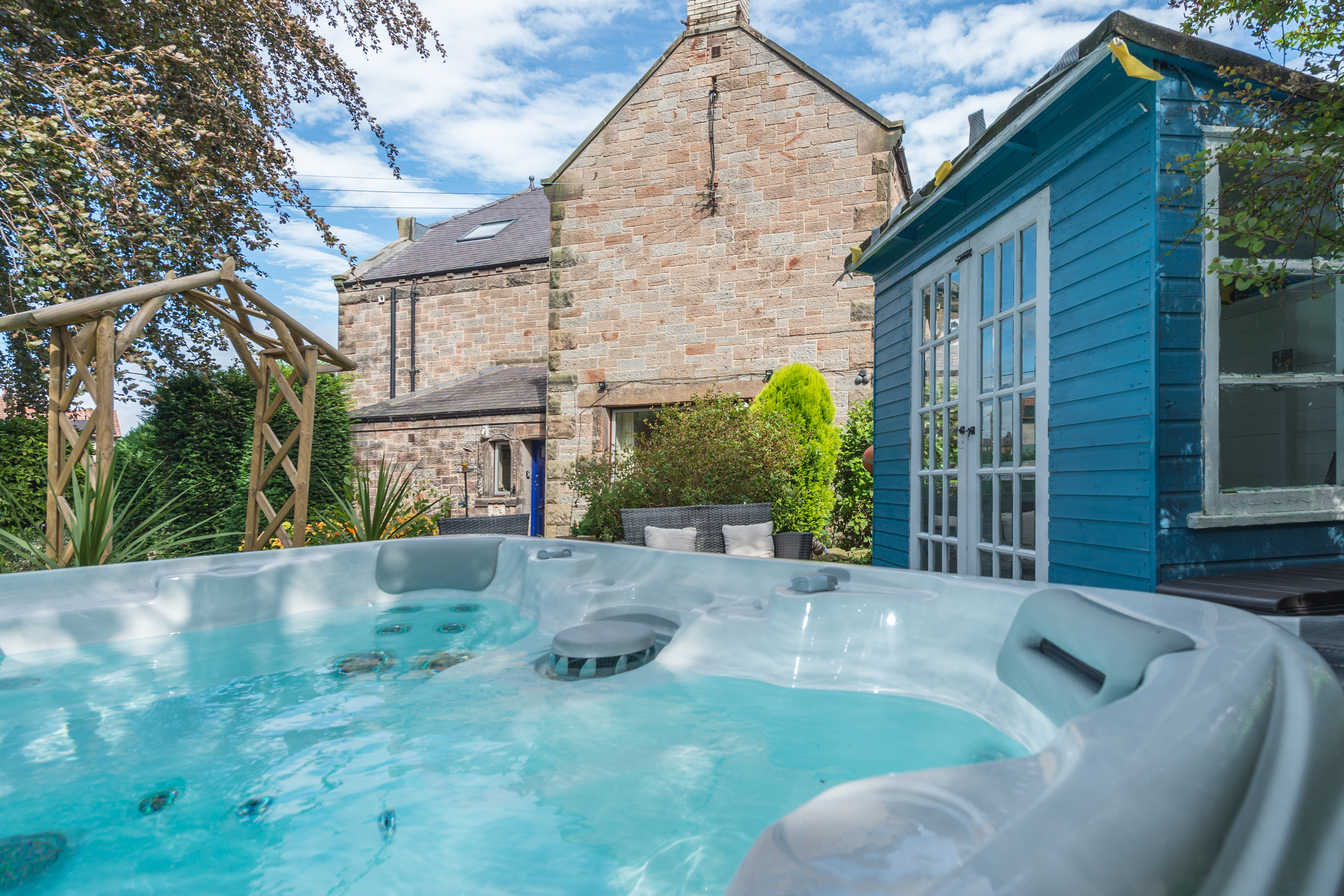 Large luxury holiday cottage with private hot tub in Wooler Northumberland pet friendly and wood burning stove