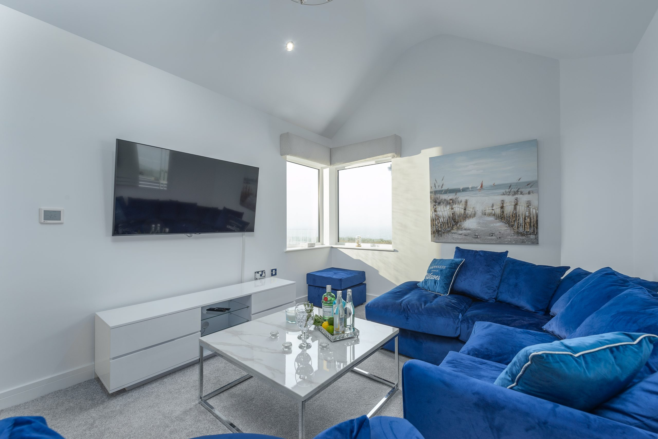 harbour sands lounge with tv for families in northumberland holidays