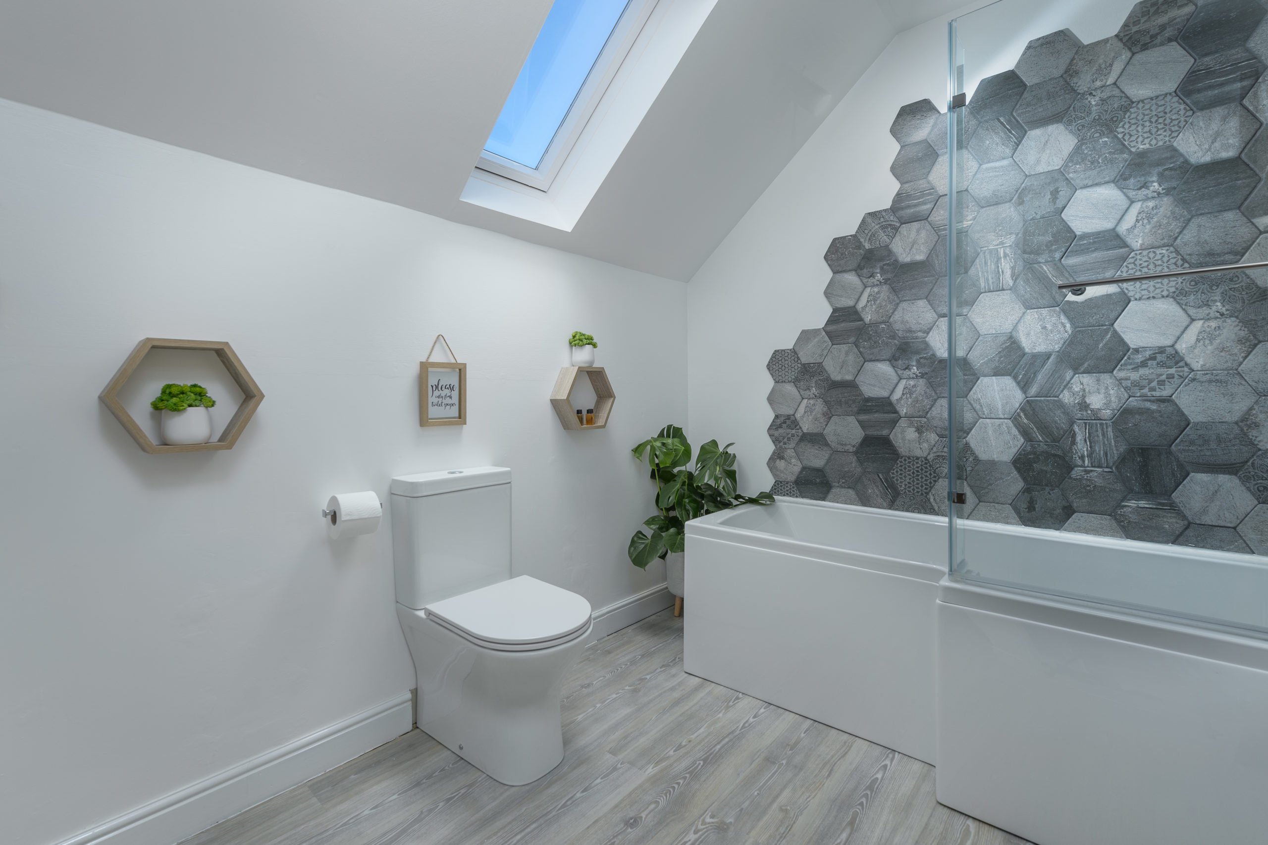 bathroom at the oystercatcher beadnell northumberland seaside harbour beach coastal holiday cottage luxury